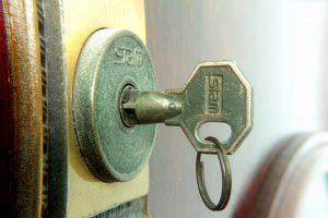 Why should I use a professional locksmith company?