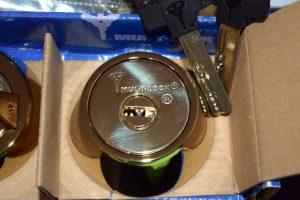 Why should I use a professional locksmith company?